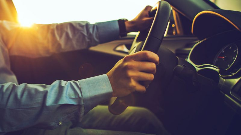 Tips on Hiring The Best Driver When in Dubai