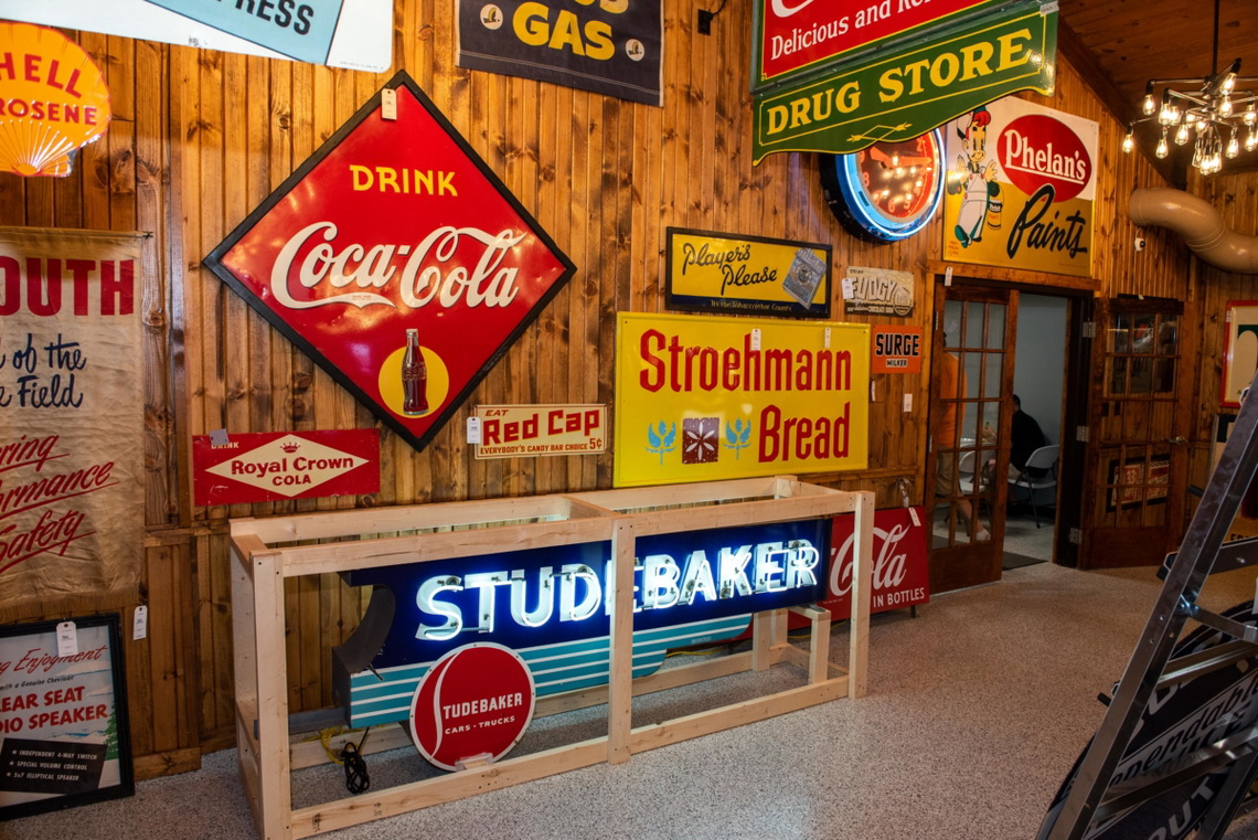 Why You Shouldn't Look For Pristine Vintage Signs