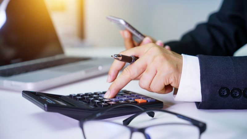 Should You Hire a Firm or an Accountant?