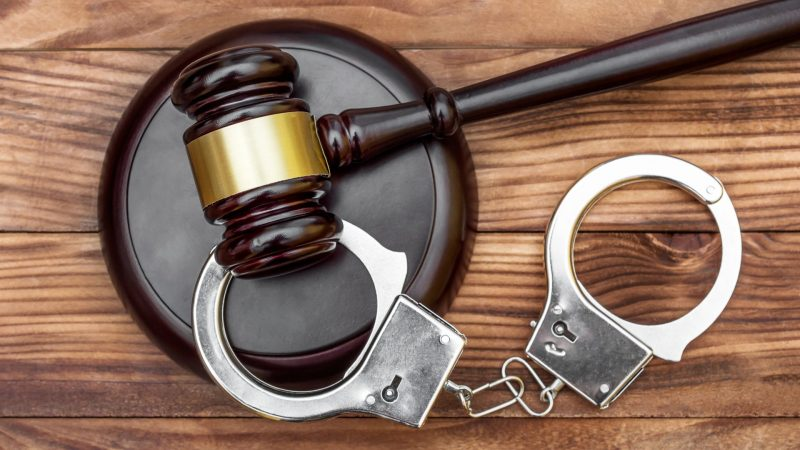 When You Should Hire a Criminal Defense Attorney