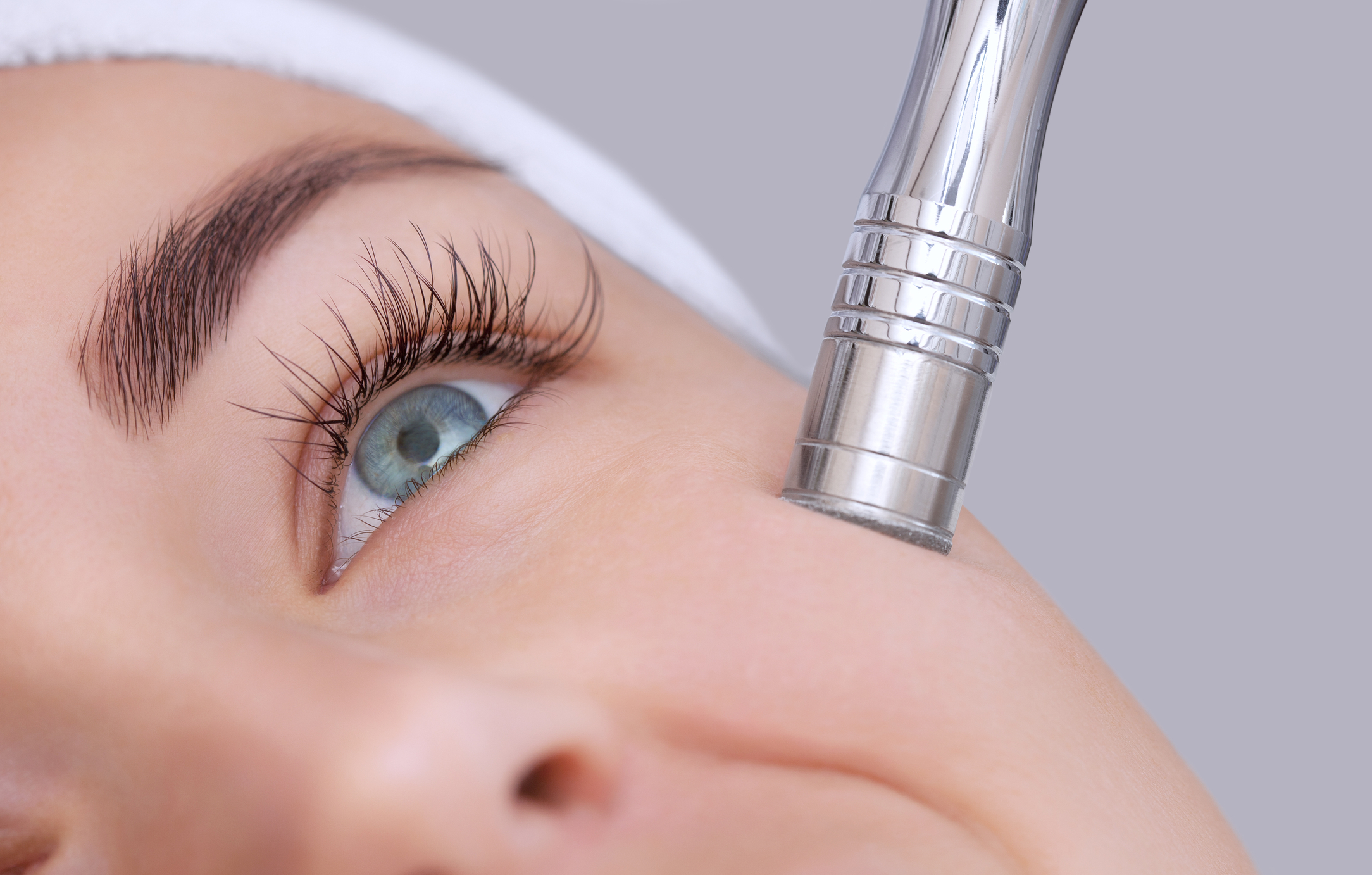 Two Types of Microdermabrasion