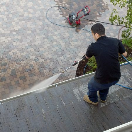 Best Tips to Hire a Pressure Washing Company