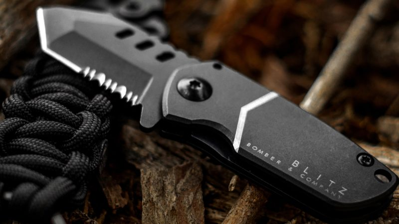 Buying The Right Survival Knife For Yourself
