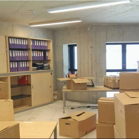 Benefits of Hiring Professionals For Office Removals