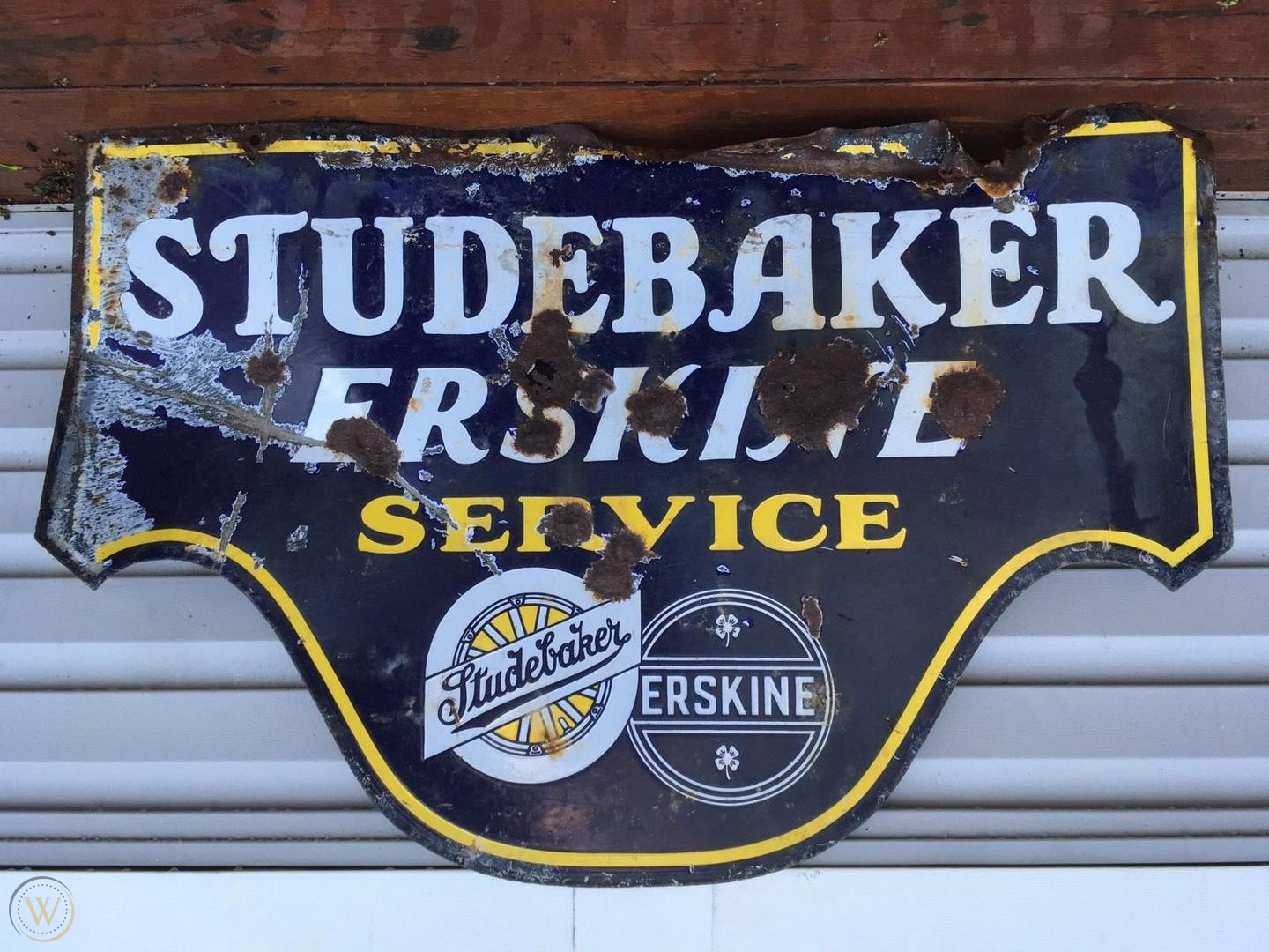 Want to Sell Your Antique Signs? Here Are Some Things to Know