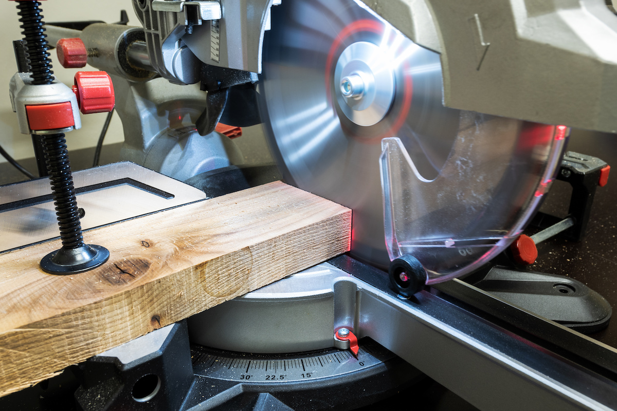 Things to Consider Whenever You Are Buying a Miter Saw
