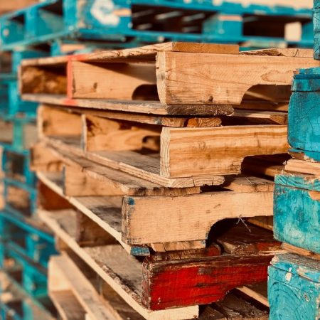 Things to Consider When Managing Pallets in The Warehouse